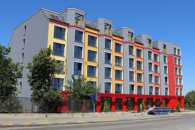 Общежитие с търговски площи, бистро и подземни гаражи в УПИII – 1737, 1970, кв.270 месност студентски град – град София